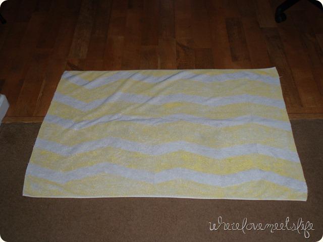 DIY towel chevron rug