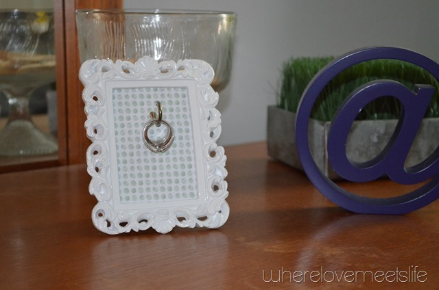 ring holder frame